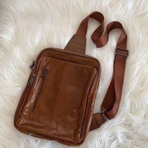 Vintage Leather Men's Carry Bag
